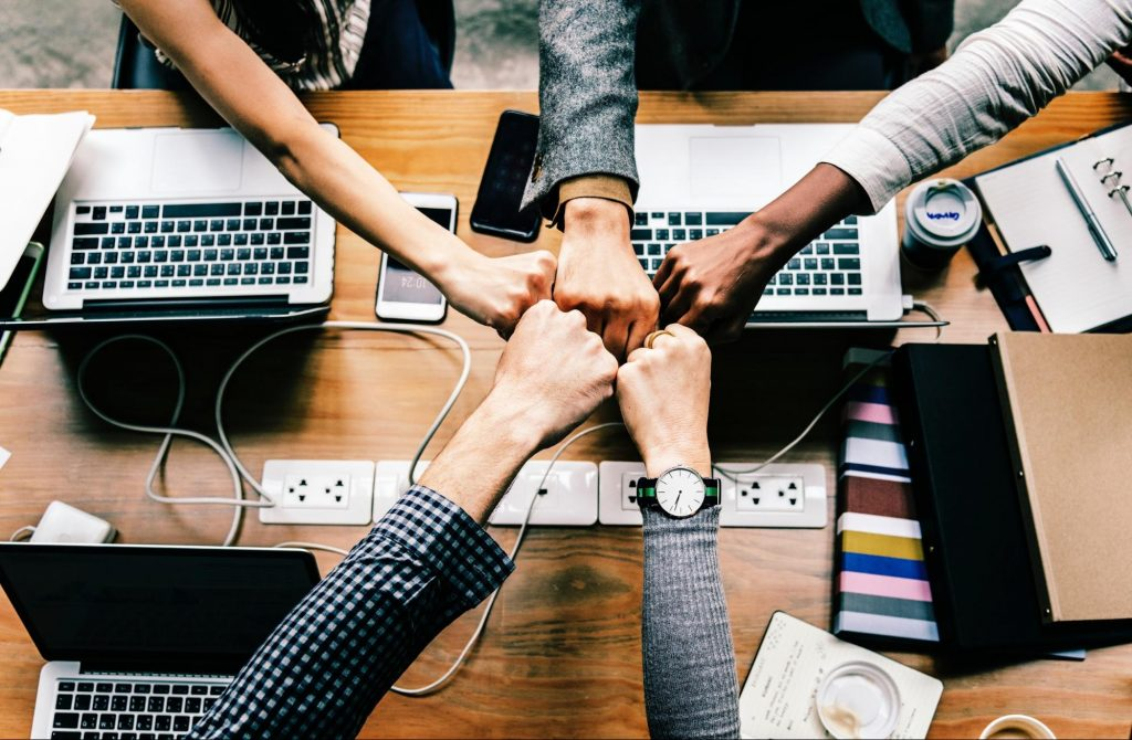 how-to-build-self-managing-teams-with-a-collaboration-software
