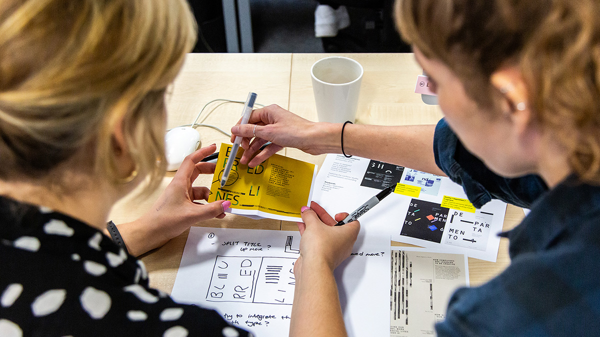 4-ways-to-become-a-designer-without-a-university-degree