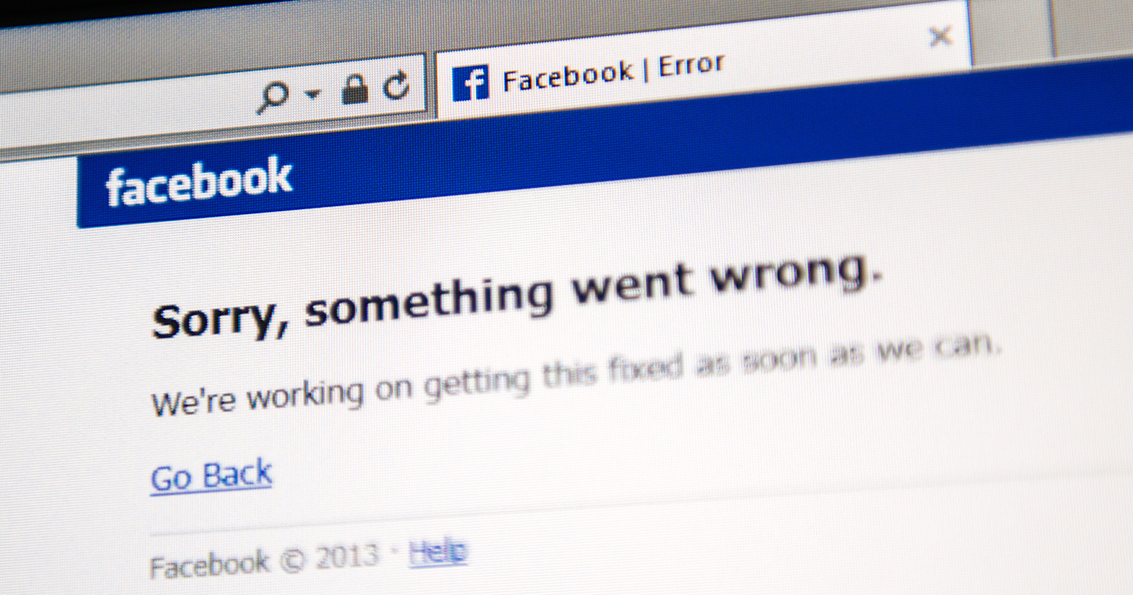 facebook-and-instagram-go-down-across-the-world-on-thanksgiving-day-via-@mattgsouthern