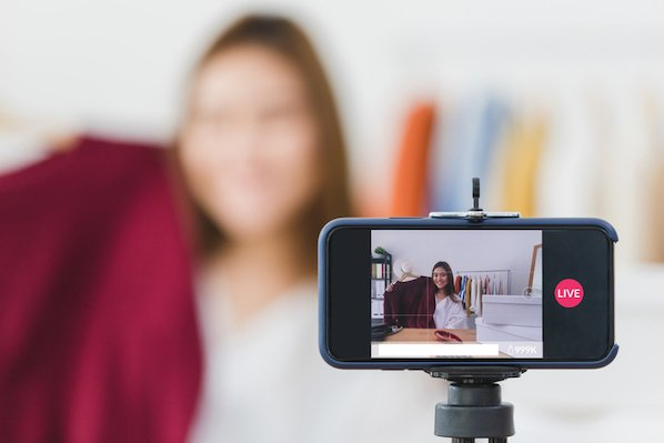 the-guide-to-successful-silent-videos-for-facebook-video-ads-(+-examples)